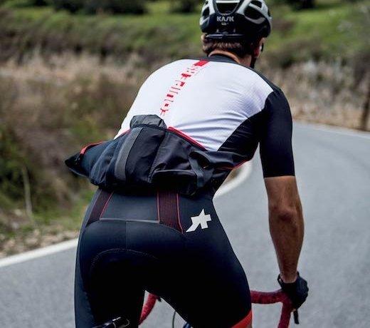 De nieuwe Equipe RS race lijn van Assos