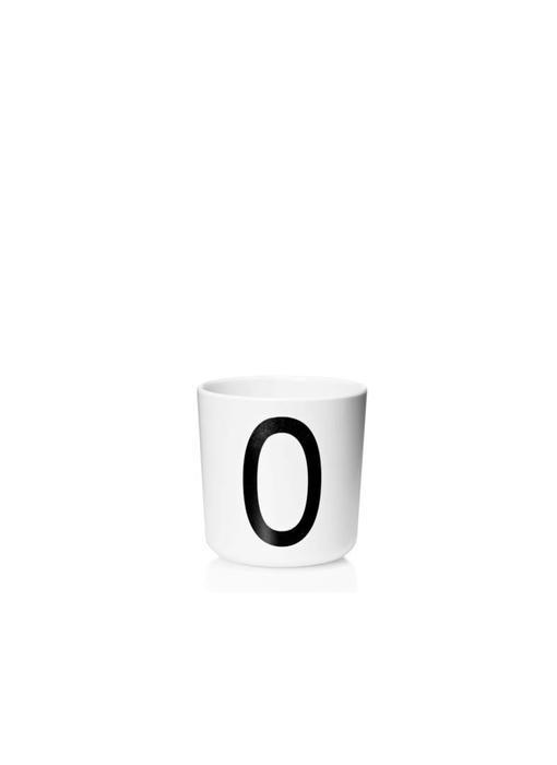 "Design Letters Melamin Cup AJ ""O"""