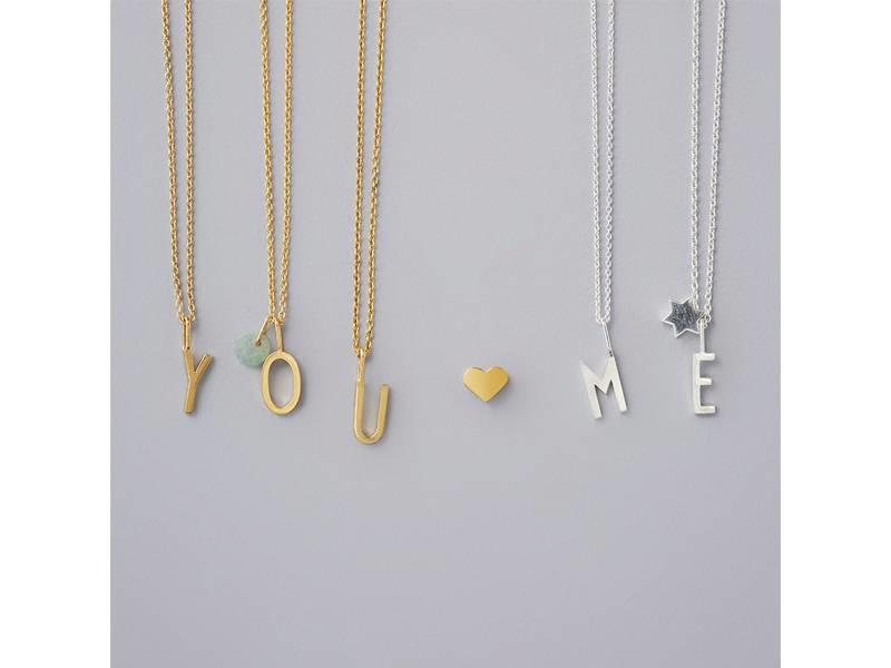 """Design Letters Charm Gold Plated Silver """"P"""""""