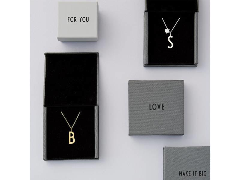 """Design Letters Charm Gold Plated Silver """"Q"""""""