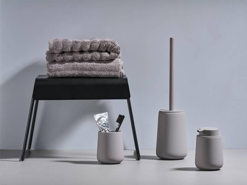 Zone Denmark Badkamer : Handdoek ophangen badkamer fresh zone denmark lines douchegordijn