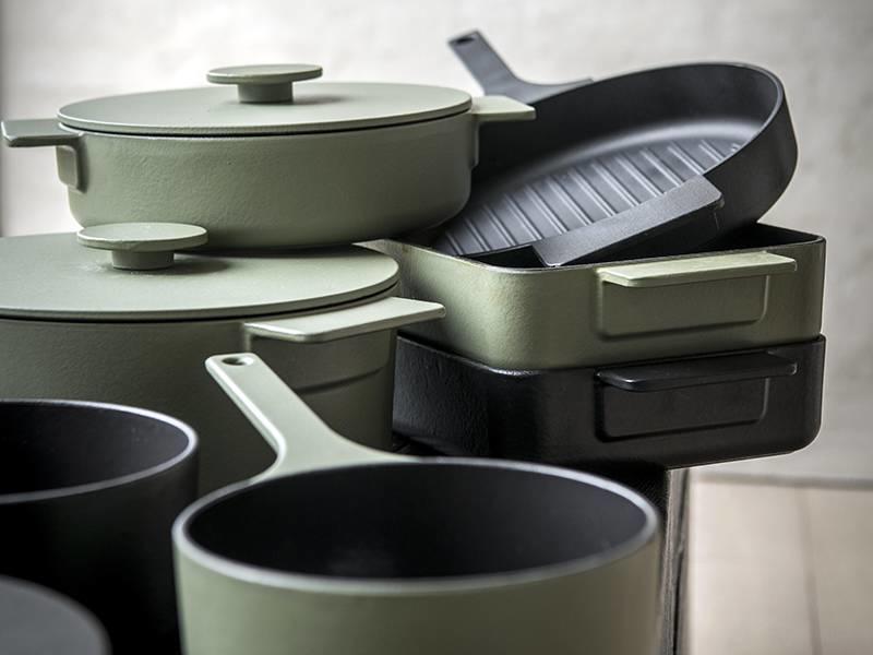 Serax Surface Pot Cast Iron Black 29 cm