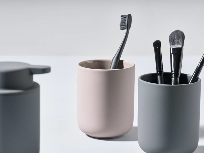 Zone Denmark Ume Toothbrush Mug Black