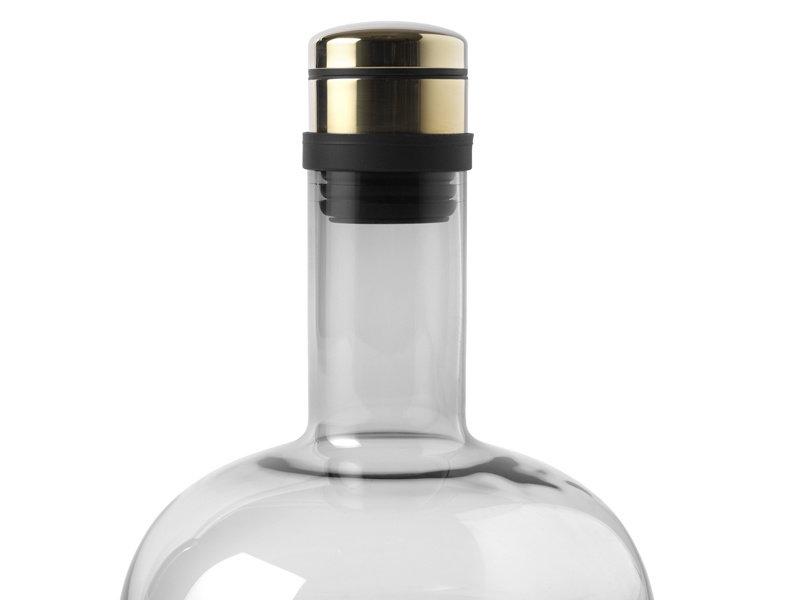 Menu Wine Breather Decanter Smoked/Brass
