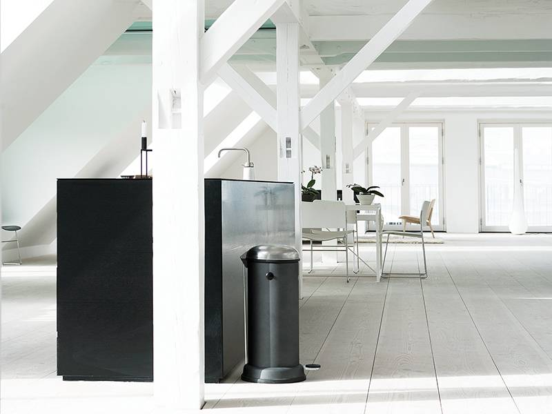 Keuken Van Vipp : Vipp pedal bin liter white online shop matriks matriks