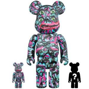 Medicom Toys 400% & 100% Bearbrick set - NagNagNag (Yotsume 2)