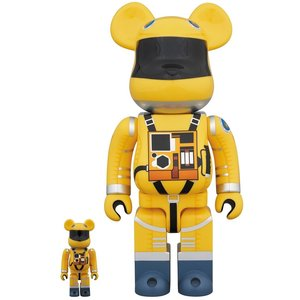 Medicom Toys 400% & 100% Bearbrick set - 2001: A Space Odyssey Space Suit (Yellow)