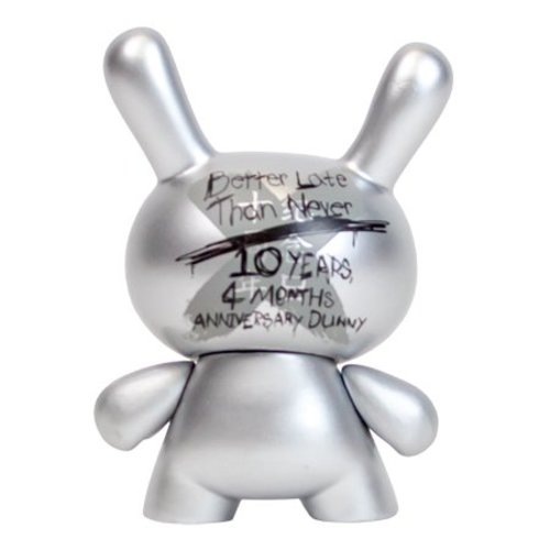 Kidrobot 10th Anniversary Dunny (Silver) by Kidrobot