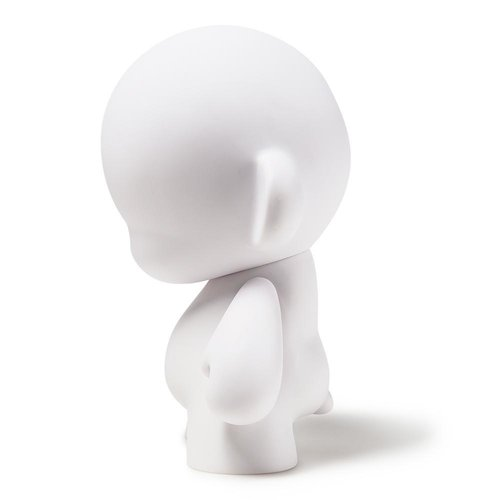 "Kidrobot 7"" Munny - DIY White"