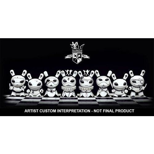 """3"""" Shah Mat Dunny - Sealed Case (16 pieces) by Otto Björnik"""
