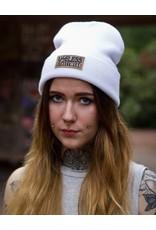 Useless Streetwear - Beanie, weiß mit veganem Patch
