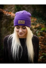 Streetwear Beanie, lila mit Patch