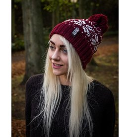 Useless Winterbeanie - burgundy - mit gewebtem Label