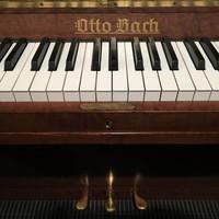 Otto Bach classic piano