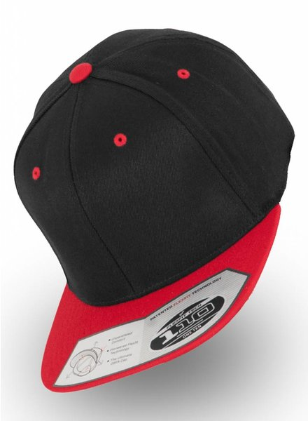 Flexfit by Yupoong 110 Fitted Snapback Black/Rood