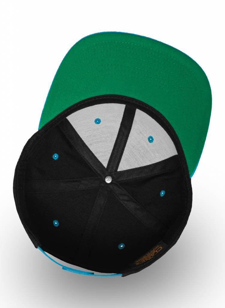 Flexfit by Yupoong Snapback cap Zwart- Aqua blauw. Pet bedrukken kleine oplage.