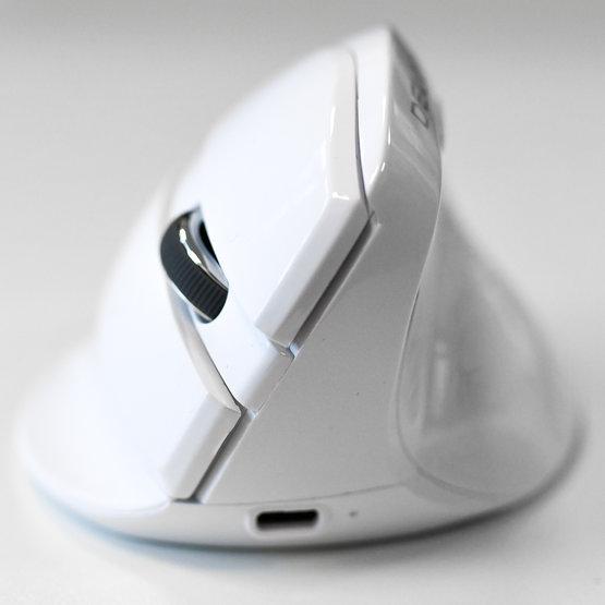 Delux Mini White draadloze rechtshandige ergonomische muis