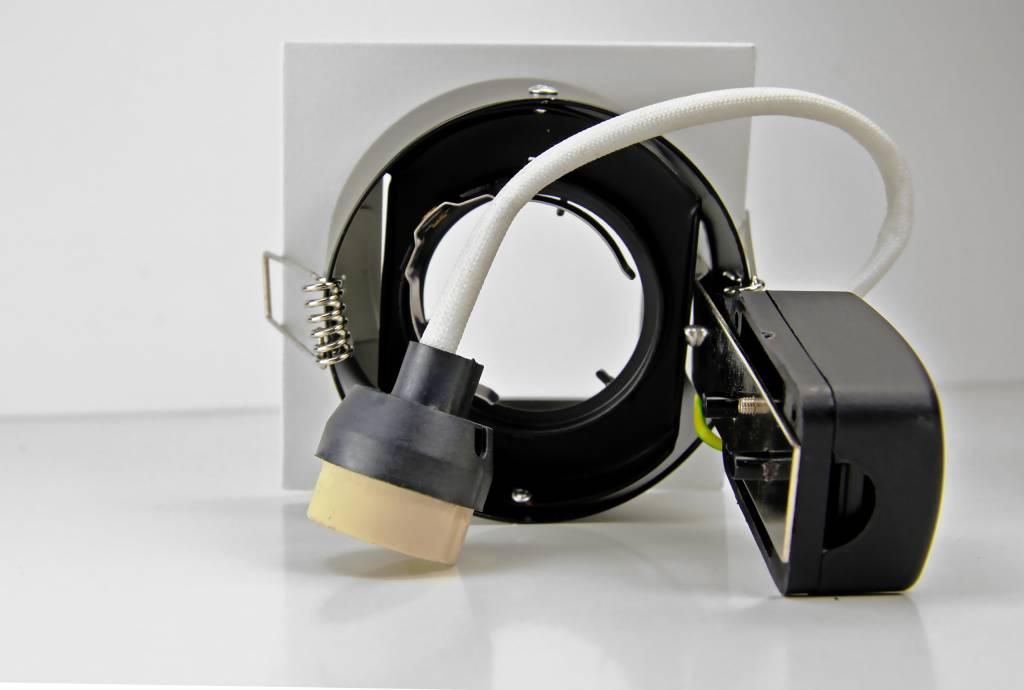 GU10 LED Inbouwspot Armatuur CELESTE. Verdiept Vierkant. 10° Kantelbaar. Wit 100x100mm