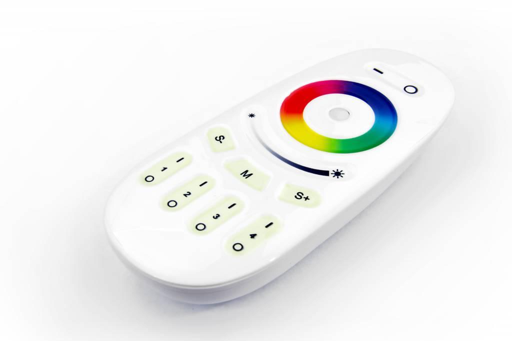 RGBW ULTRA LED strip met kleur + warm wit, 4 in 1 LED. RF Afstandsbedienig
