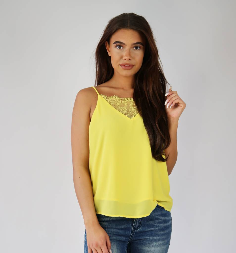 Top Kant Geel Lace