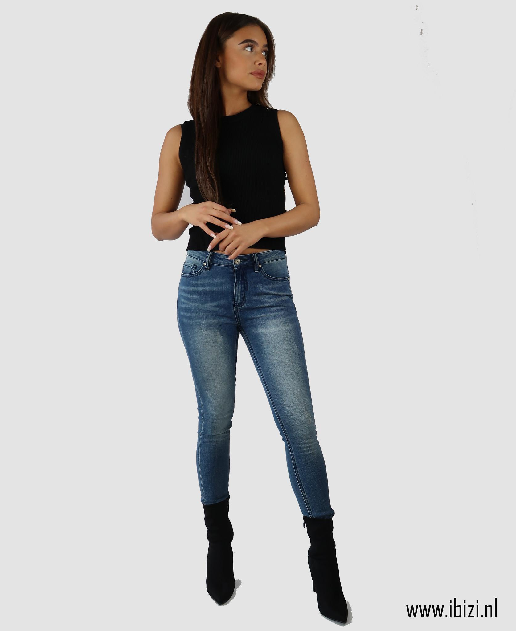 Denim Jeans - Dames Spijkerbroek Combineren