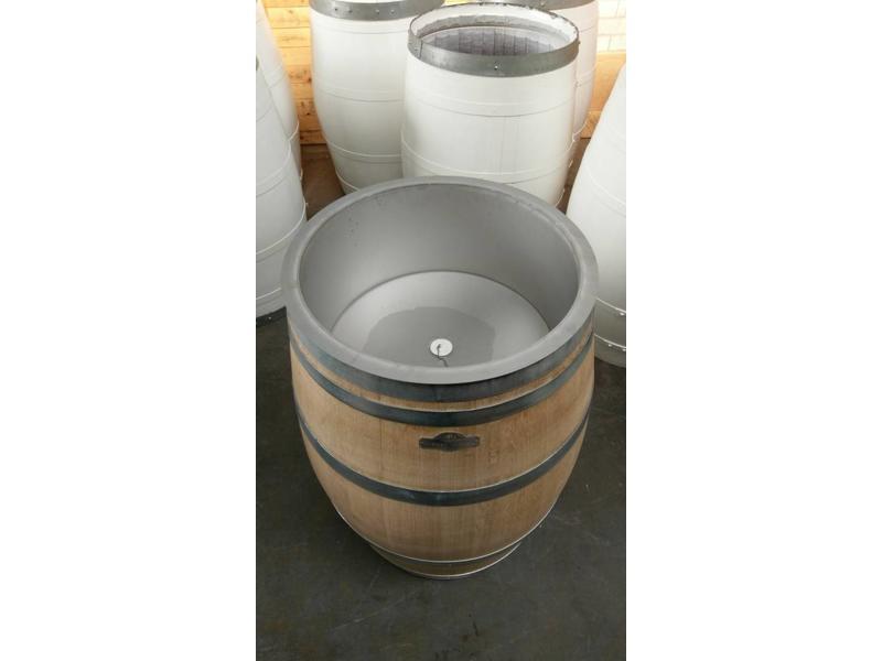 "Wine barrel ""wine cooler"""