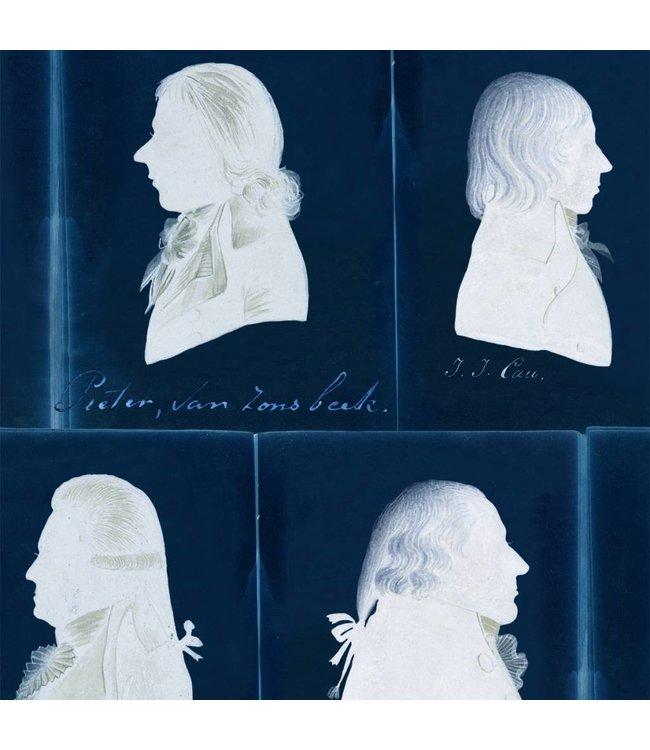 MIND THE GAP Dutch Portraits Blue