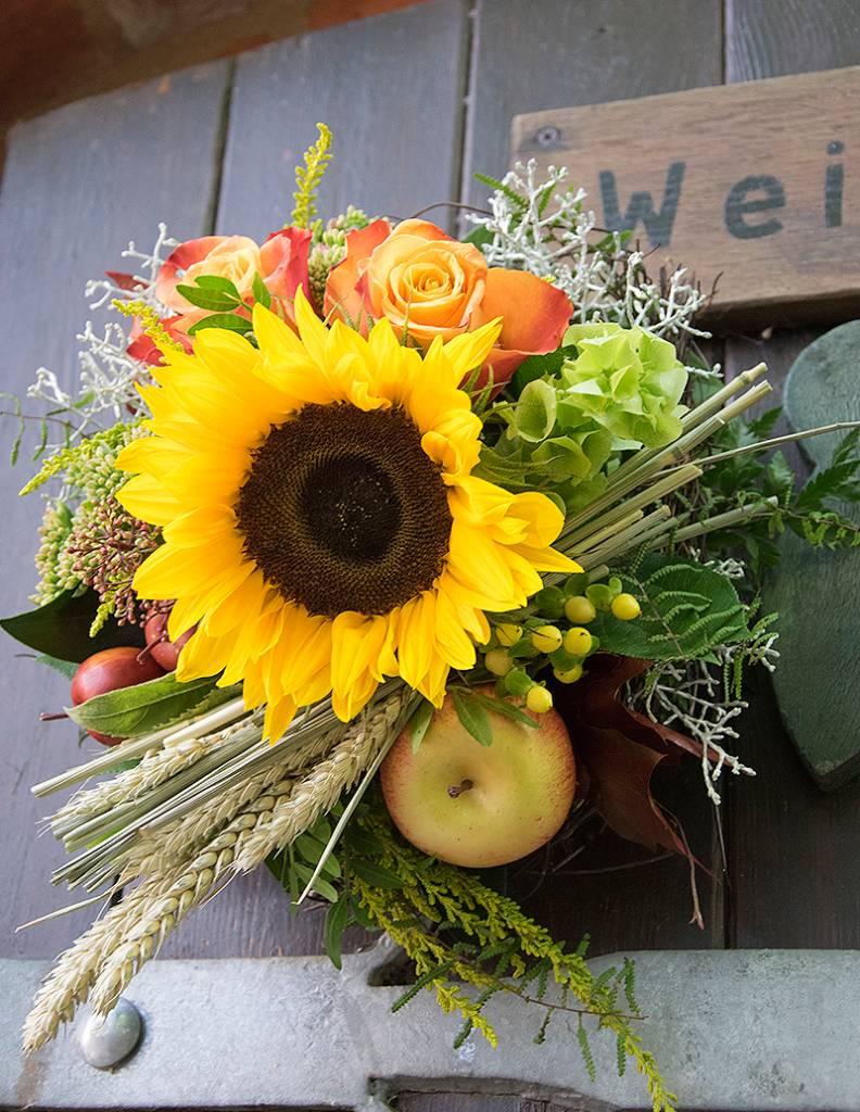 """Blumenstrauß """"Herbstsonne"""""""