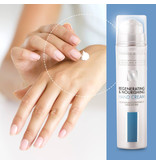 Federico Mahora Federico Mahora β-Glucan Active Regenerating Hand Cream