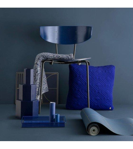 ferm living esszimmerstuhl herman dunkelblau holz metall. Black Bedroom Furniture Sets. Home Design Ideas