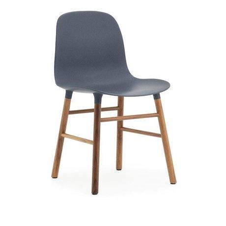 Normann Copenhagen sous forme de chaise bleu bois plastique brun 48x52x80cm