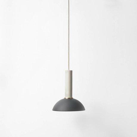 Ferm Living La esperanza de la lámpara colgante de metal de alta gris claro negro
