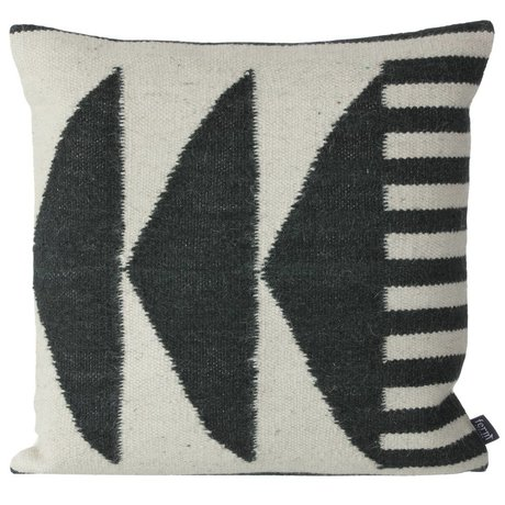 Ferm Living Almohadas Kilim Negro Triángulos, negro / gris, 50x50cm