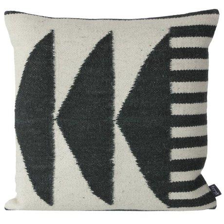Ferm Living Puder Kilim sorte trekanter, sort / grå, 50x50cm