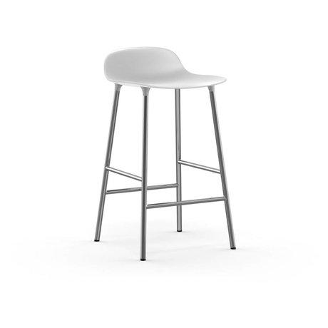 Normann Copenhagen Tabouret forme plastique blanc chrome 43x42,5x77cm