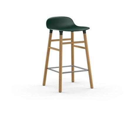 Normann Copenhagen Barstuhl Form grün braun Kunststoff Eiche 43x42,5x77cm