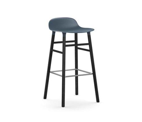 Normann Copenhagen Barstuhl Form blau schwarz Kunststoff Holz 53x45x87cm