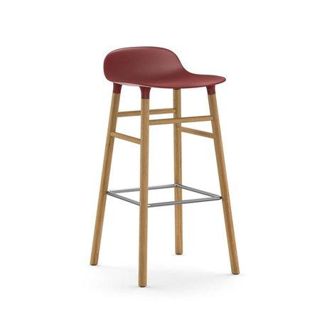 Normann Copenhagen Barstuhl Form rot braun Kunststoff Eiche 45x45x87cm