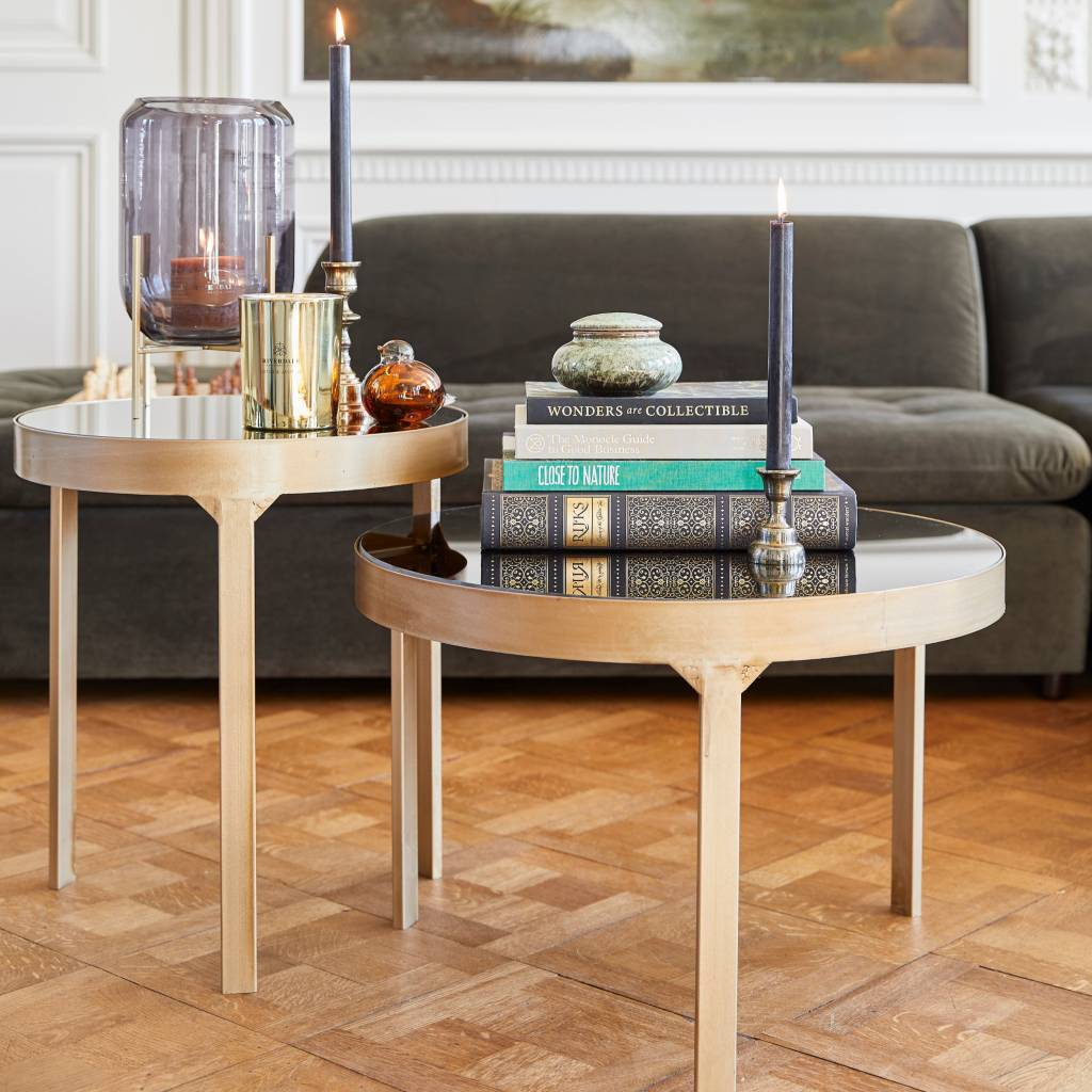 Riverdale Sidetable Ovaal.Riverdale Side Table Amaro Gold 60x60x40 4cm