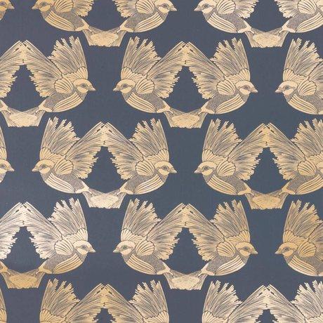 Ferm Living Wallpaper Birds dunkelblaues Goldpapier 53x1000cm