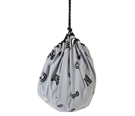 OYOY Opbevaringspose / legetæppe alfabet grå bomuldsstof ø138cm