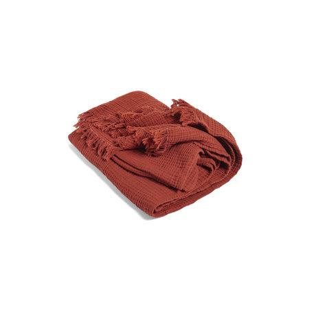HAY Plaid Crinkle en coton rouge 210x150cm