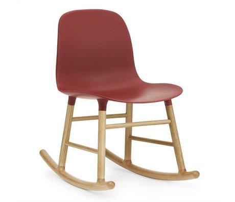 Normann Copenhagen Chaise à bascule en plastique rouge en forme de 73x48x65cm en bois de chêne
