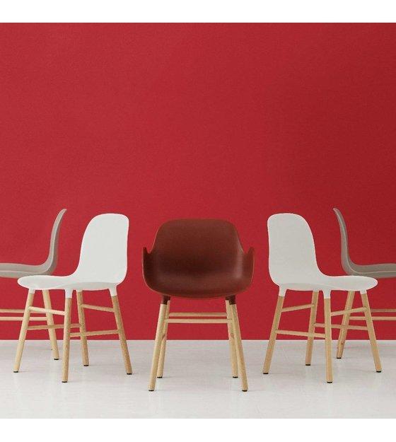 Normann Copenhagen Sedia di plastica stampo quercia rossa 78x48x52cm ...