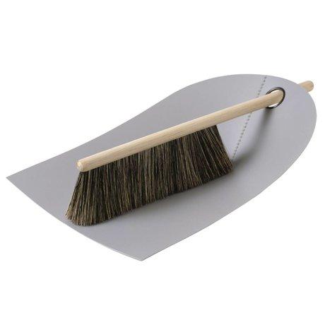 Normann Copenhagen Fejebakke og børste Dustpan & Broom lysegrå 24x32cm