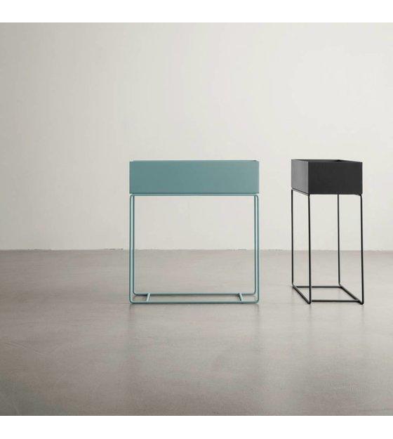 ferm living box pflanze dunkelgrau metall 60x25x65cm. Black Bedroom Furniture Sets. Home Design Ideas