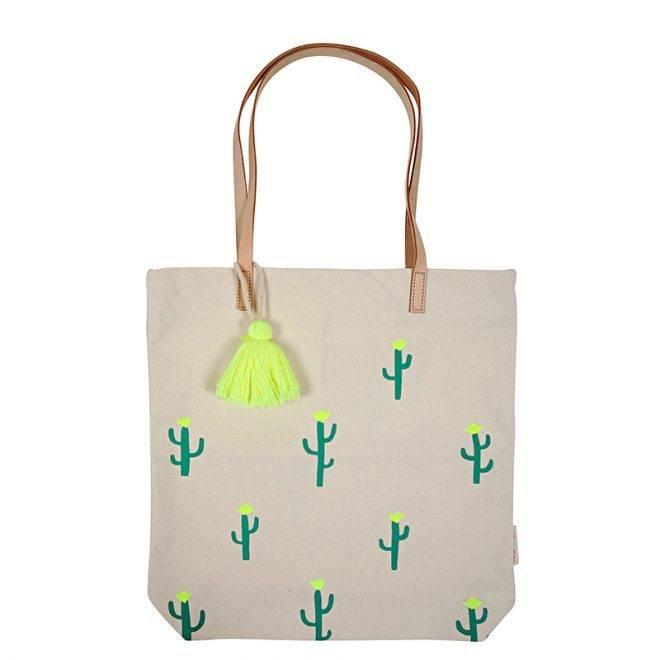 4da80c7b37f7 MERIMERI Canvas cactus tote bag