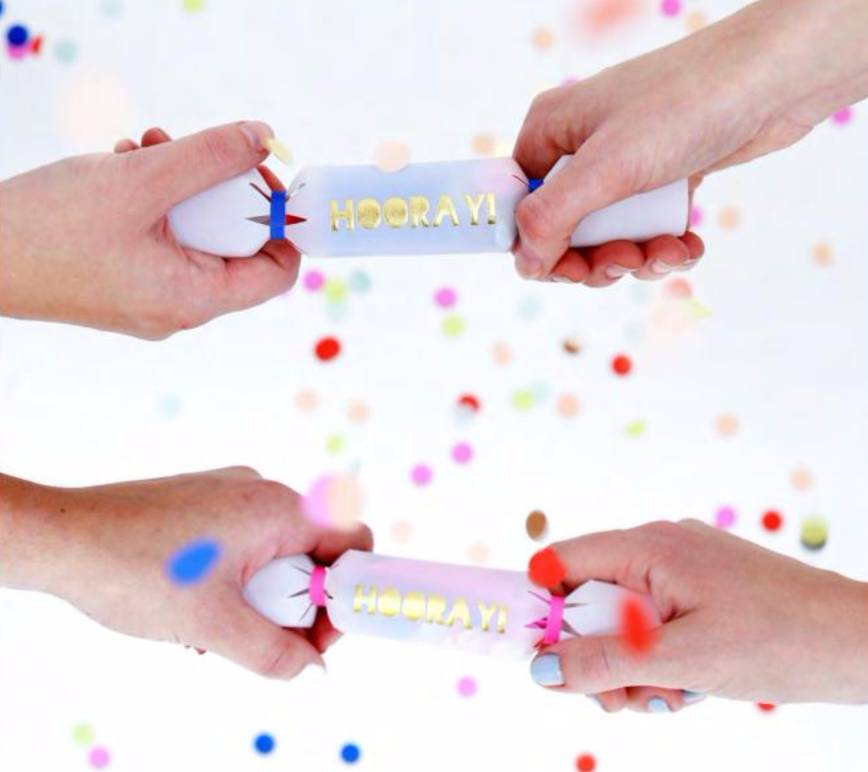 MERIMERI Toot sweet confetti crackers