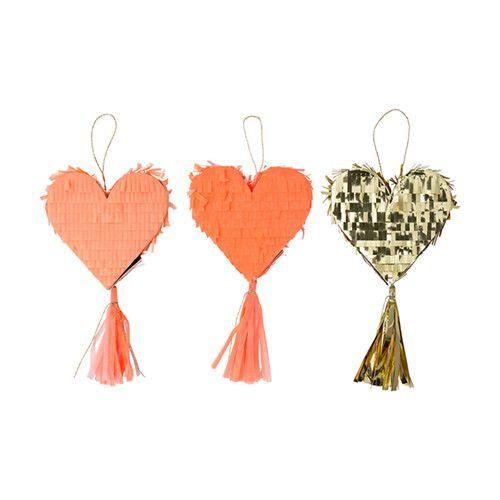 MERIMERI Heart piñata favors