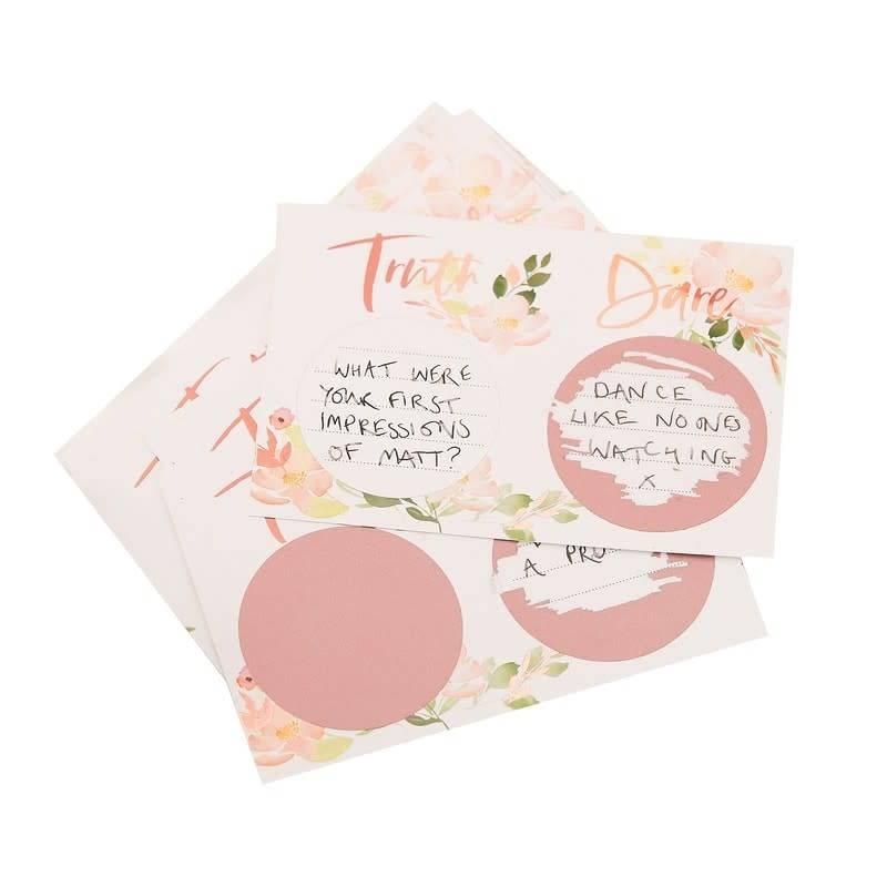 GINGERRAY Truth Or Dare Scratch Game- Floral Hen Party